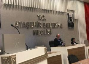 2017'nin son ayında meclis toplantısına gazeteci engeli