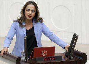 Gamze Akkuş İlgezdi CHP Merkez Yönetim Kurulu'nda