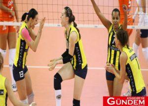 Fenerbahçeli Kadın Taraftarlara Büyük Jest