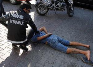 Ataşehir'de uyuşturucu satıcılarına yönelik operasyon