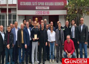 Kırmızı Kart Görmeyen İstanbul Site Spor Kulübü 'Fair Play' Ödülünü Aldı